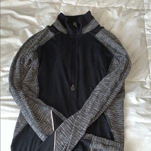 Lululemon long sleeve zip up